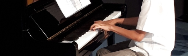 piano slide site